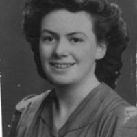 Winifred Grace Campbell (RAF).jpg